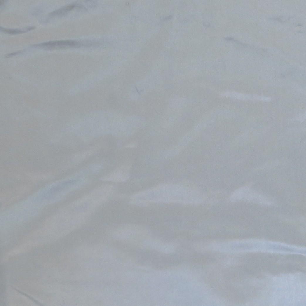 Silver silky tichel
