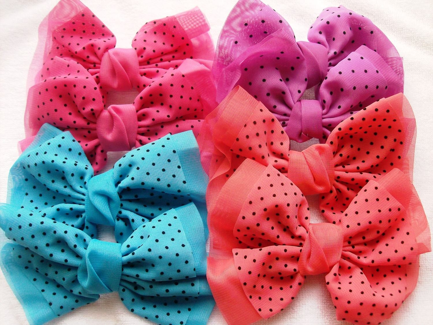 Dotted organza bows