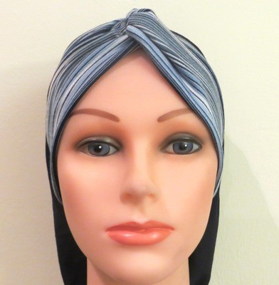 Knot snood blue