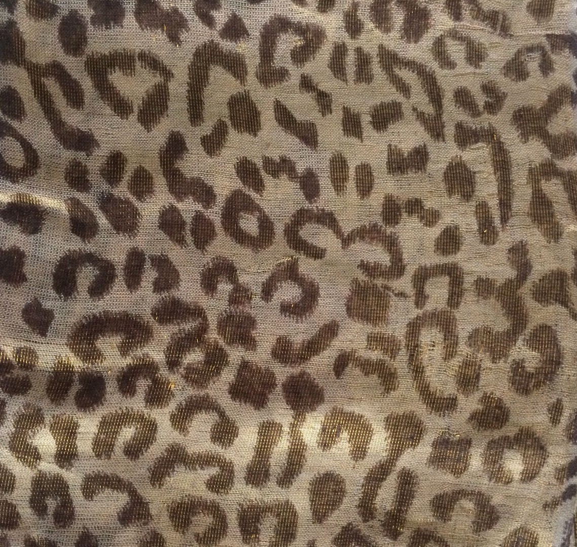 Beige shimmering animal print tichel