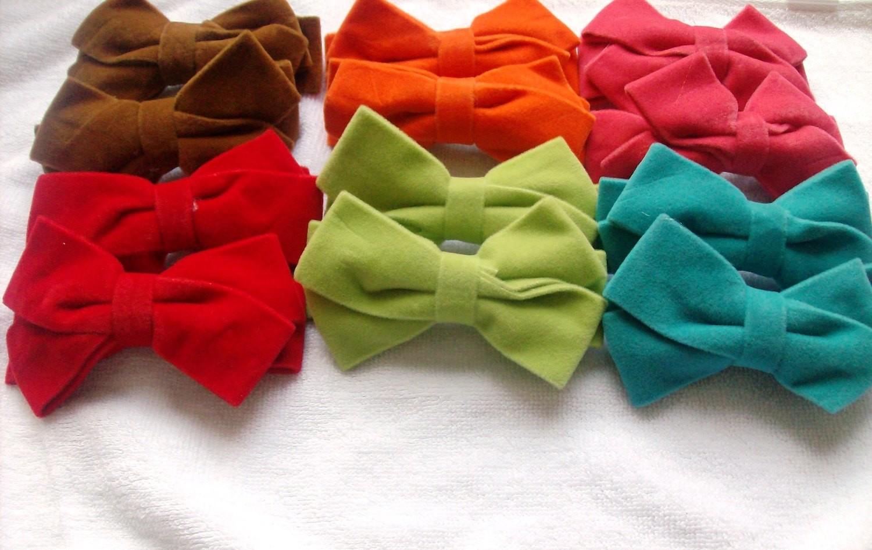 Rough velvet bows