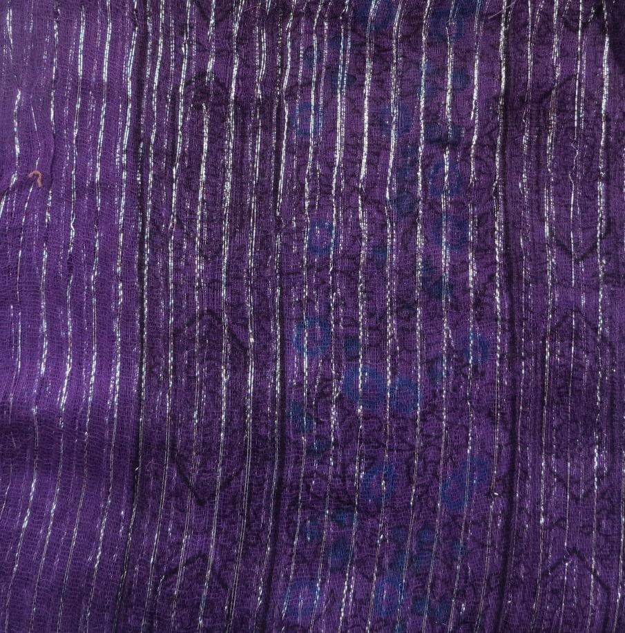 Purple patterned lurex tichel