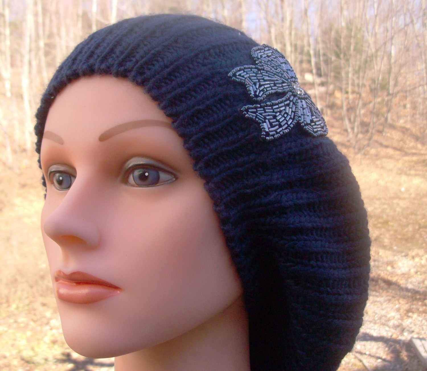 Chic beret navy blue single layer