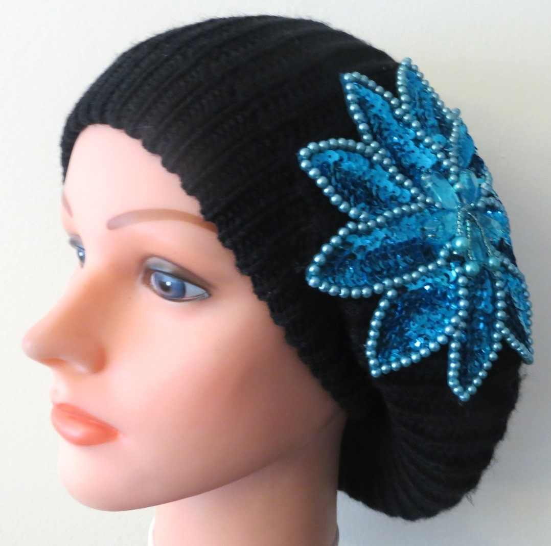 Chic beret black