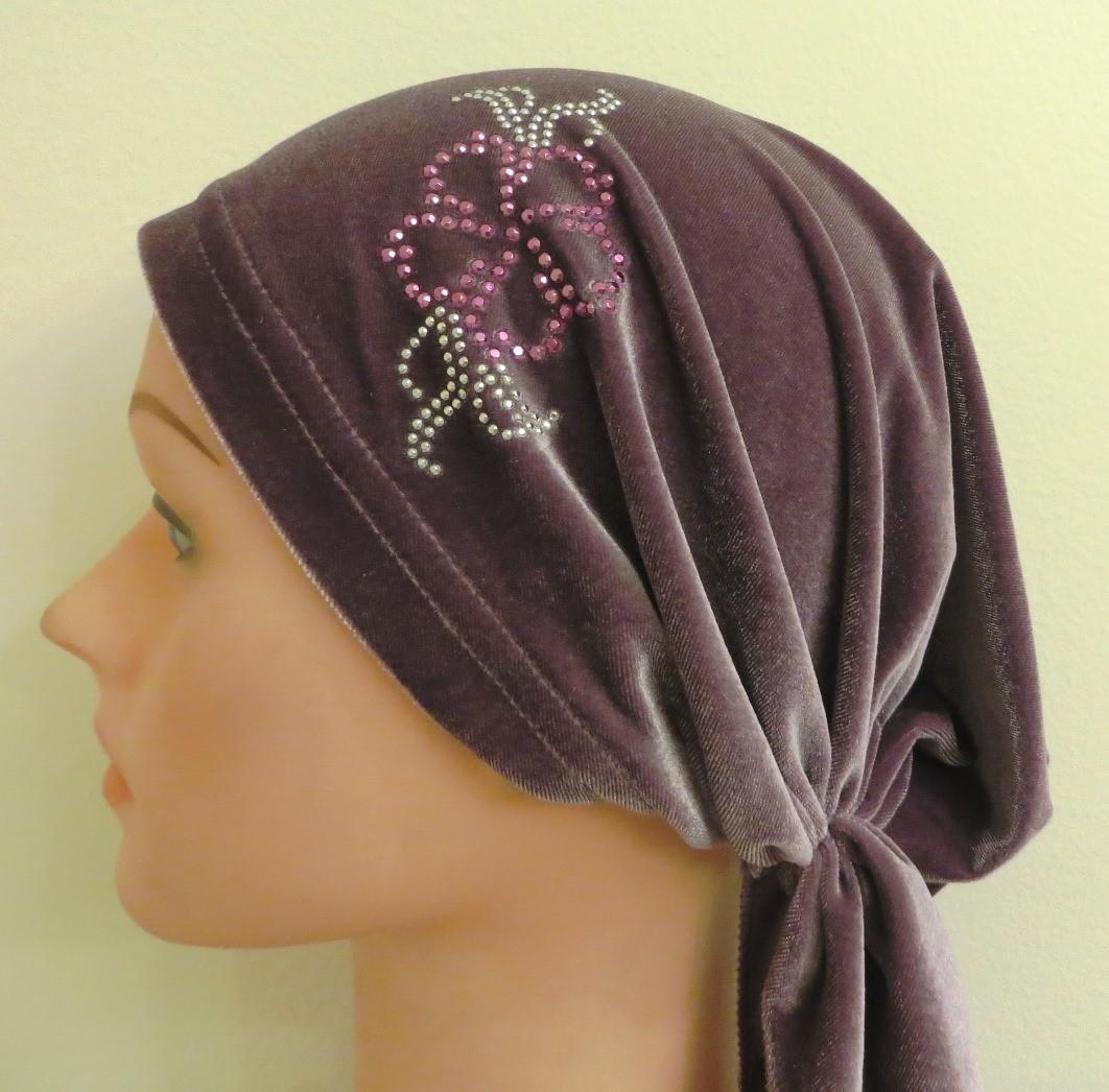 Dusty purple velvet  pre tied tichel with applique