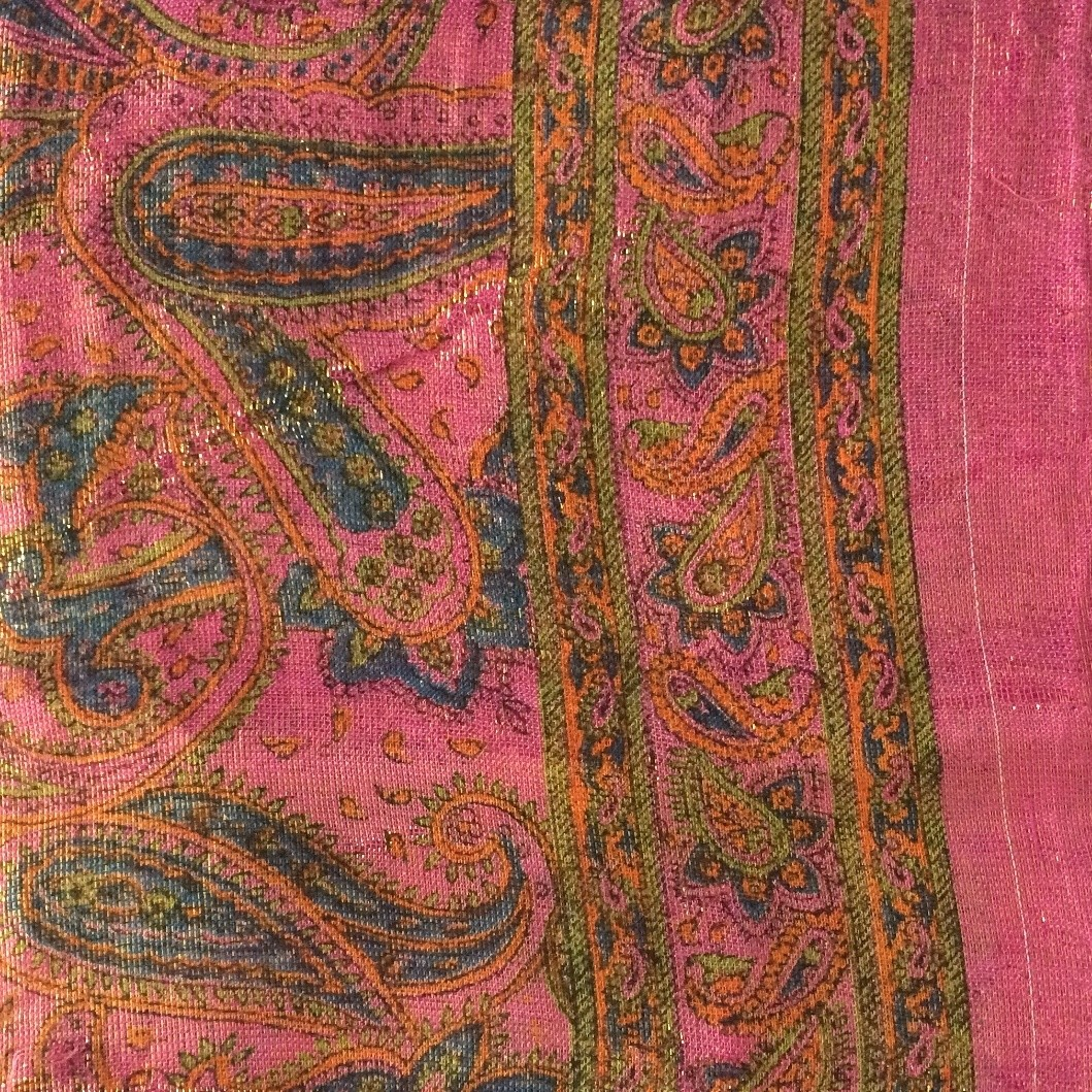 Dull pink paisley shimmering head scarve