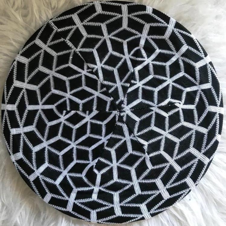 Black/white mosaic pattern beret/snood