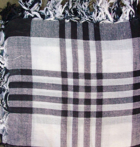 Black and white plaid tichel