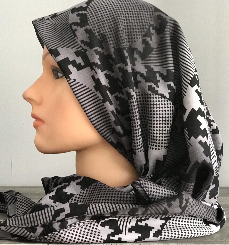 Black/gray pretied Turkish Tichel