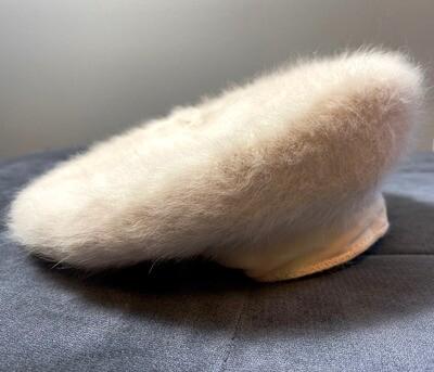 Tan luxurious fur beret
