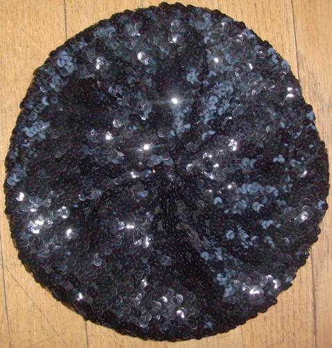 Sequined beret black