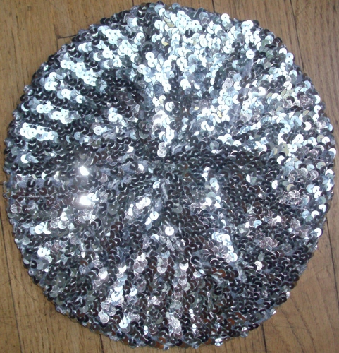 Sequined beret silver