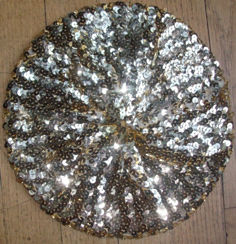 Sequined beret gold