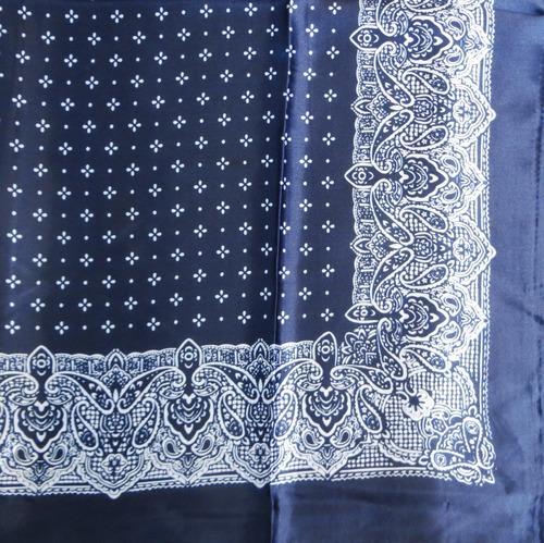 Black silky tichel with pattern