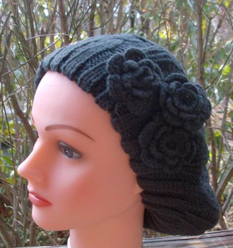 Triple side flower beret charcoal gray