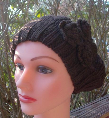 Triple side flower beret brown