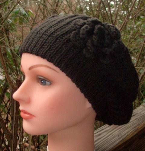 Single flower beret brown