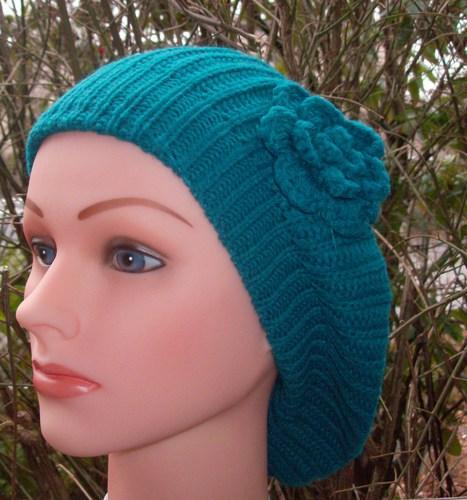 Single flower beret torquoise