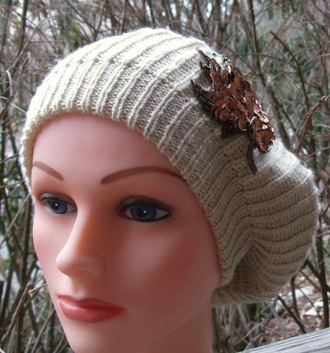 Chic beret beige
