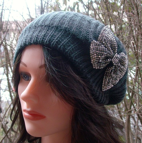 Chic beret dark gray
