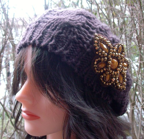 Chic beret brown