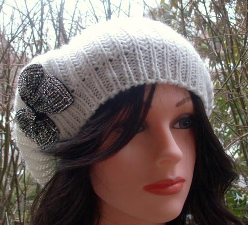 Chic beret white