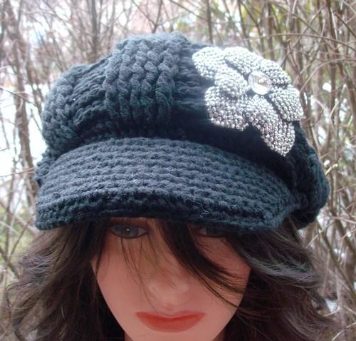 Chic hat black
