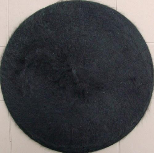Fur beret black