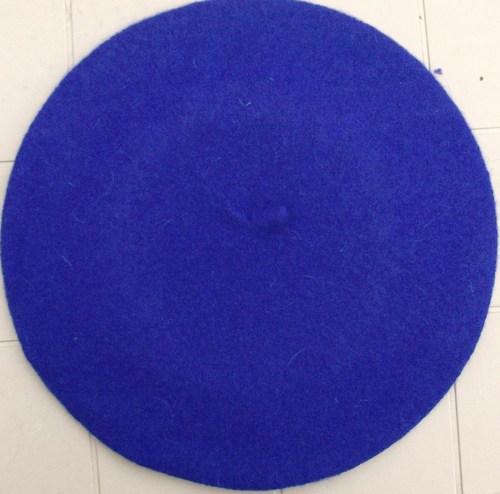 Felt beret electric blue