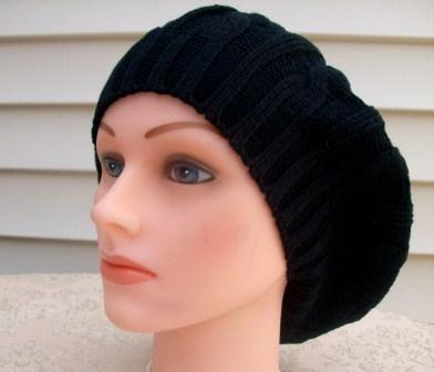 Summer weight beret black