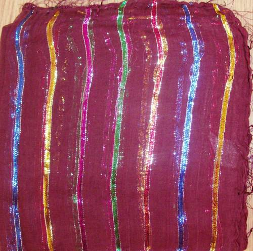 Maroon basic tichel with thick stripes
