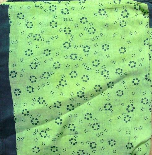 Black border tichel light green