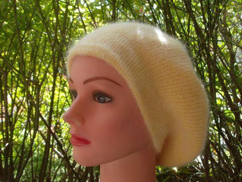 Angora beret yellow