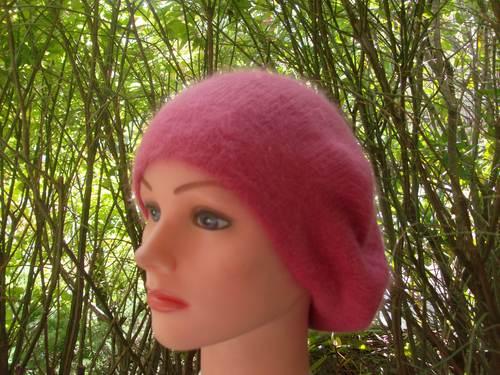 Angora beret coral pink