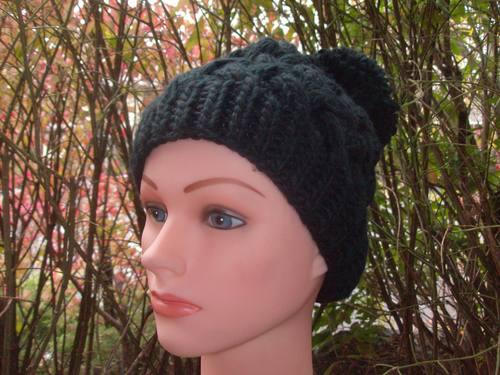 Black pom pom chunky beanie beret