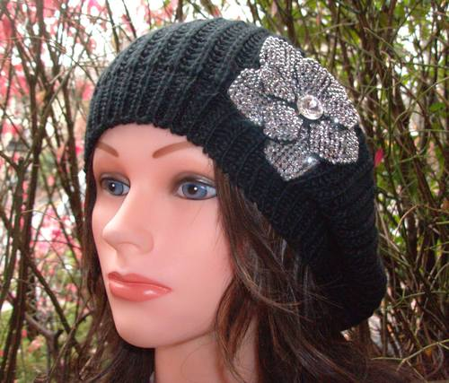 Chic beret black with sparkle