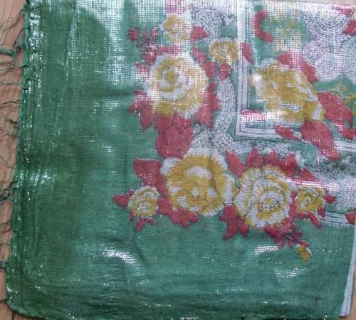 Green shimmering tichel
