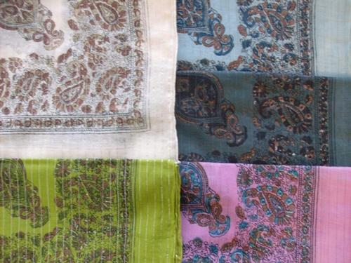 Fancy cotton paisley tichels