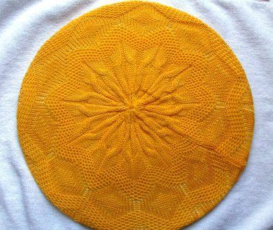 Super lightweight beret bright yellow
