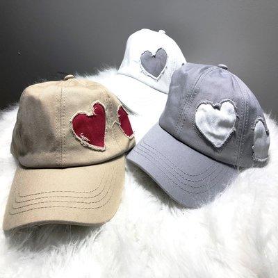 Cotton caps w/heart design