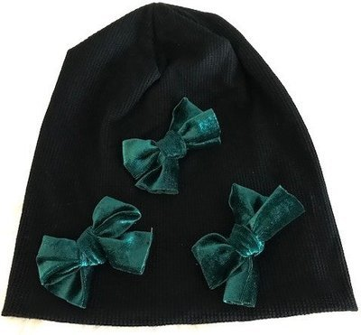 Black waffle beanie with green velvet bows