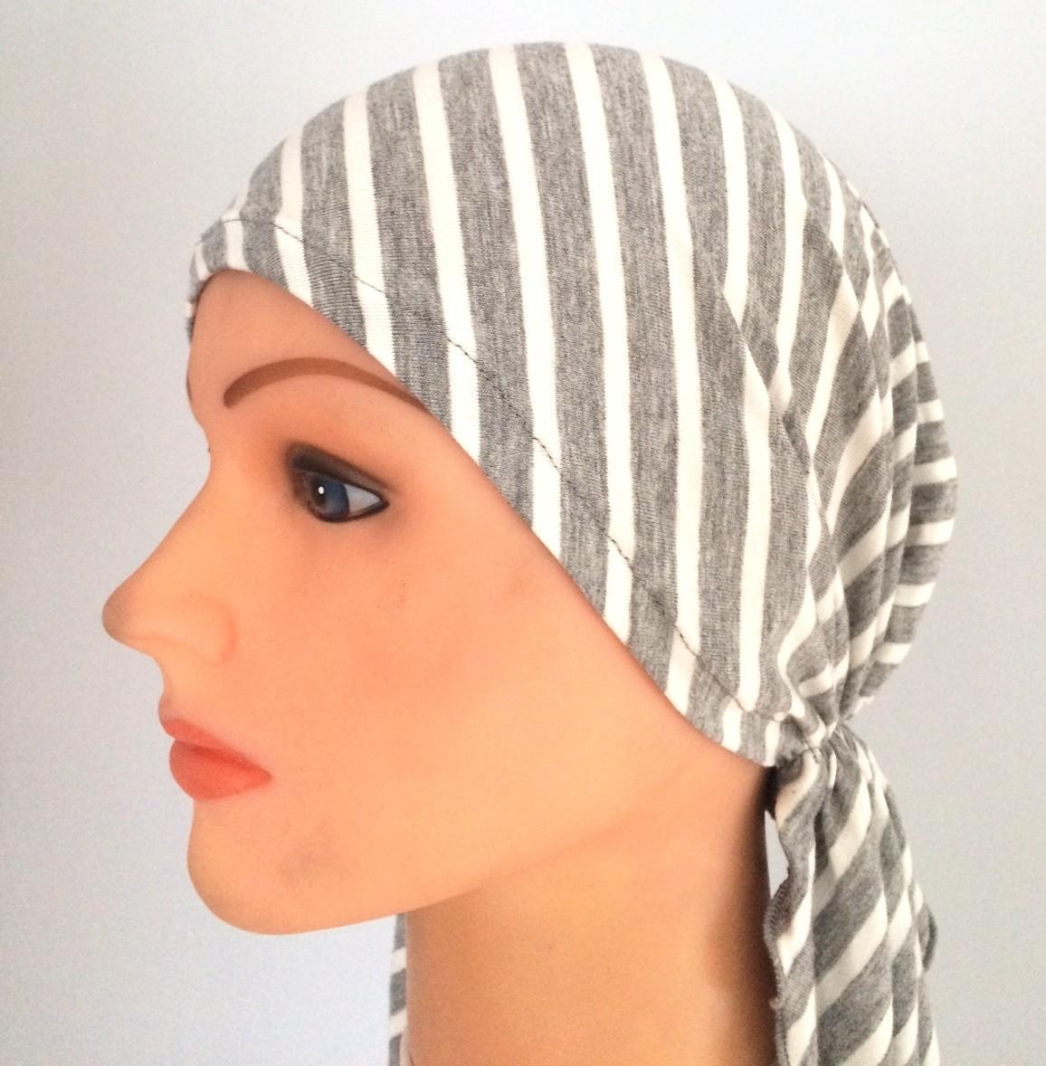 Gray striped pre-tied tichel
