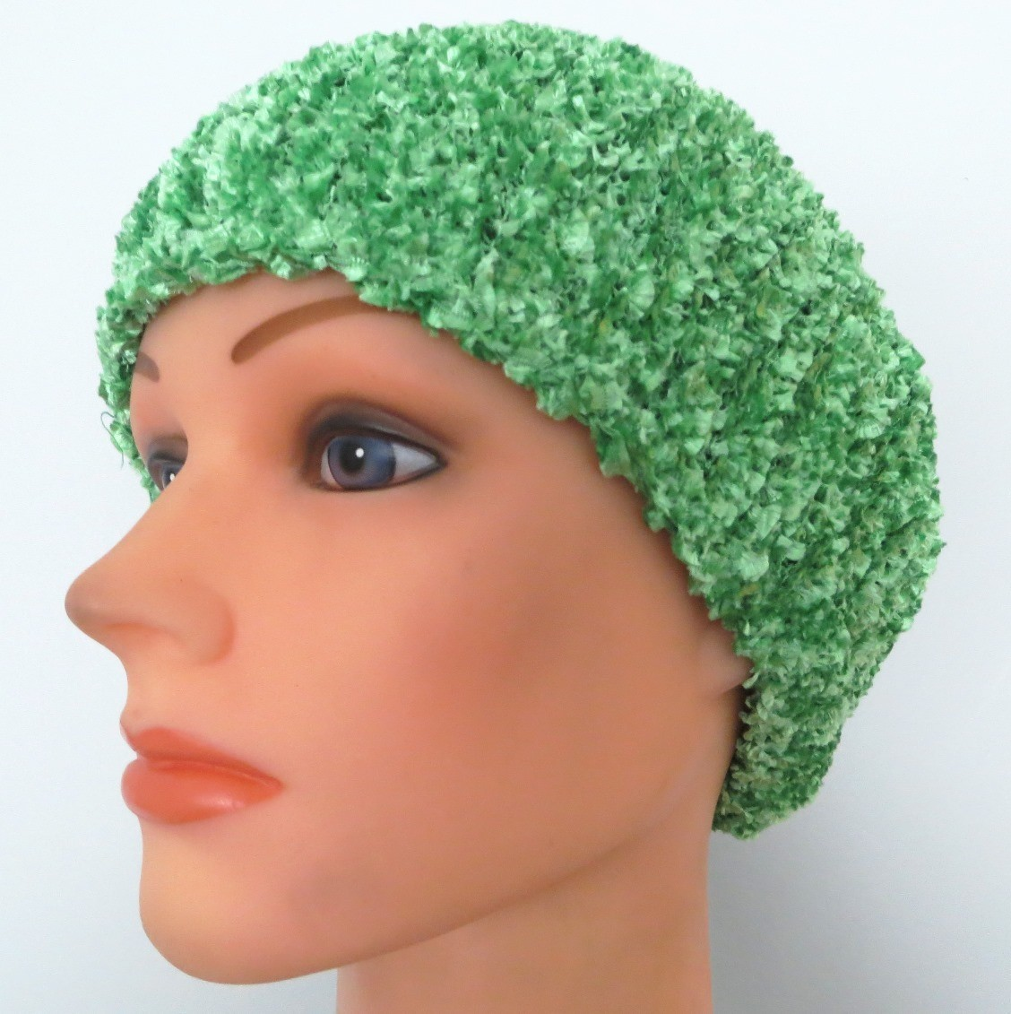 Light mint chenille snood