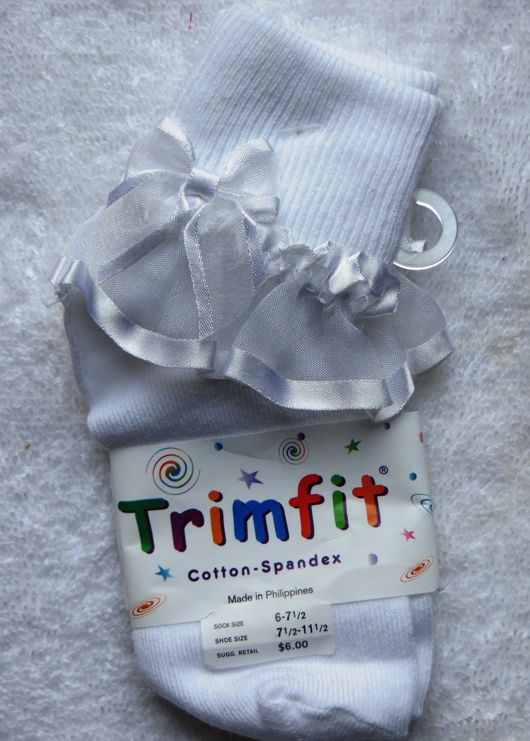 White short sock with frill and bow