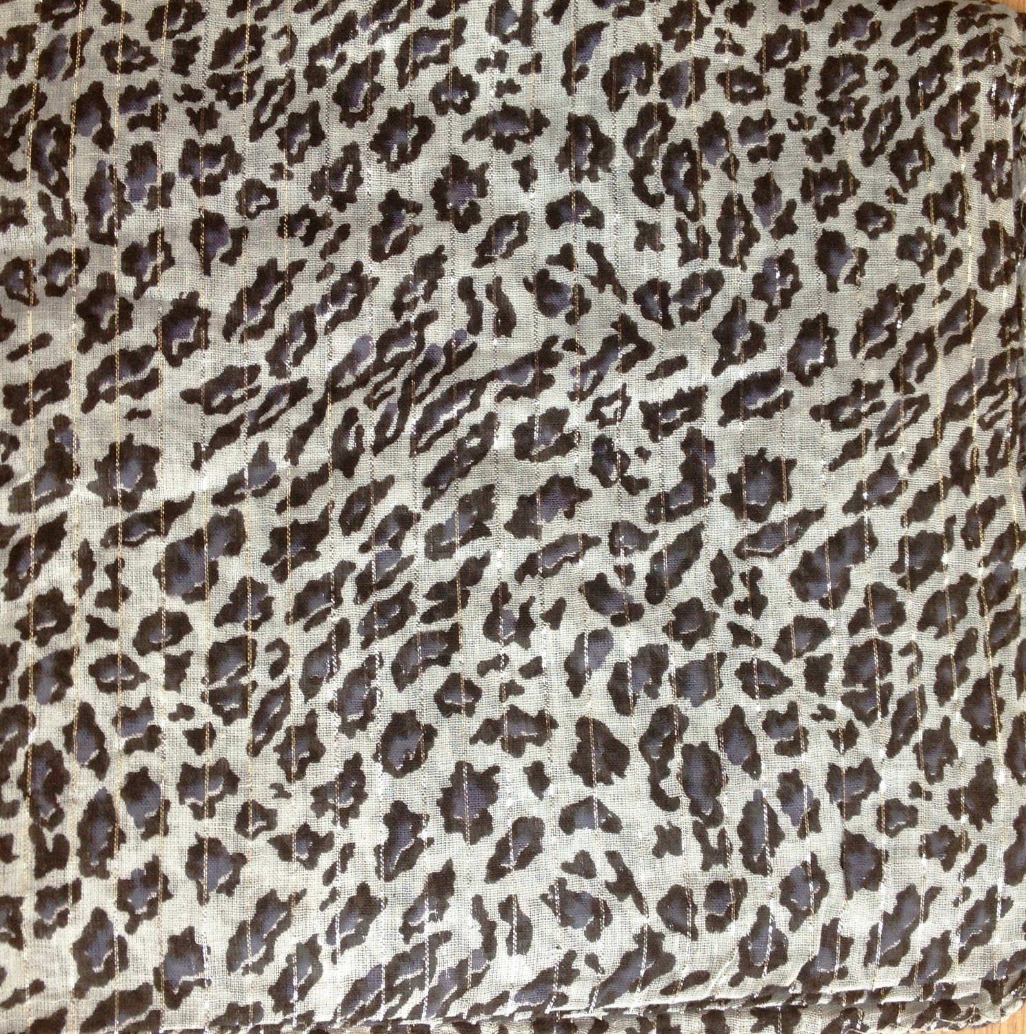 Gray fancy cotton animal print tichel