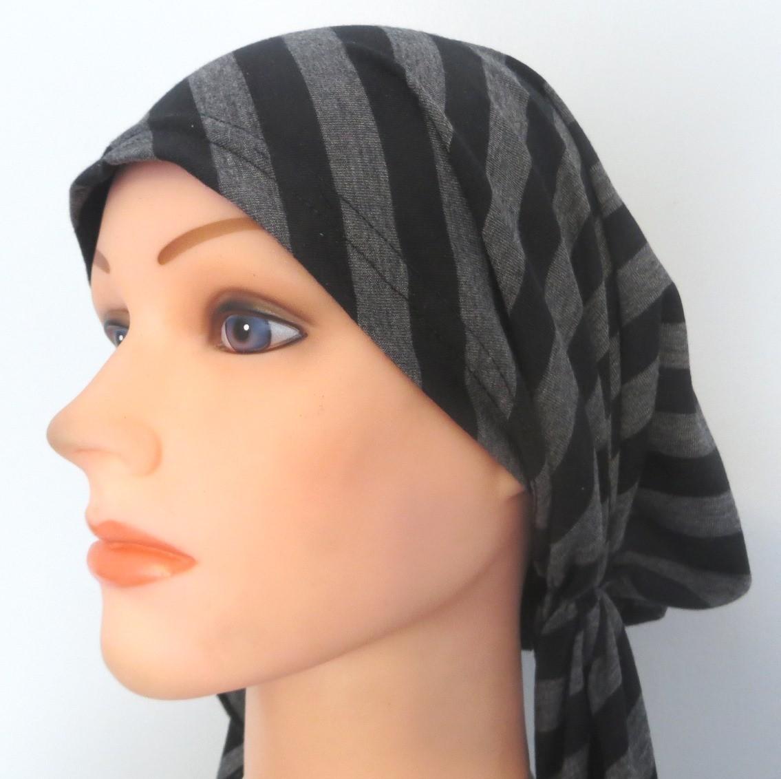 Pre tied tichel black and gray striped