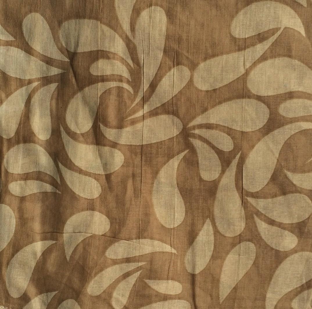Beige and light brown tear drop patterned tichel