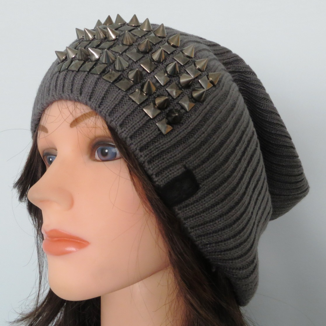 Gray slouch beret