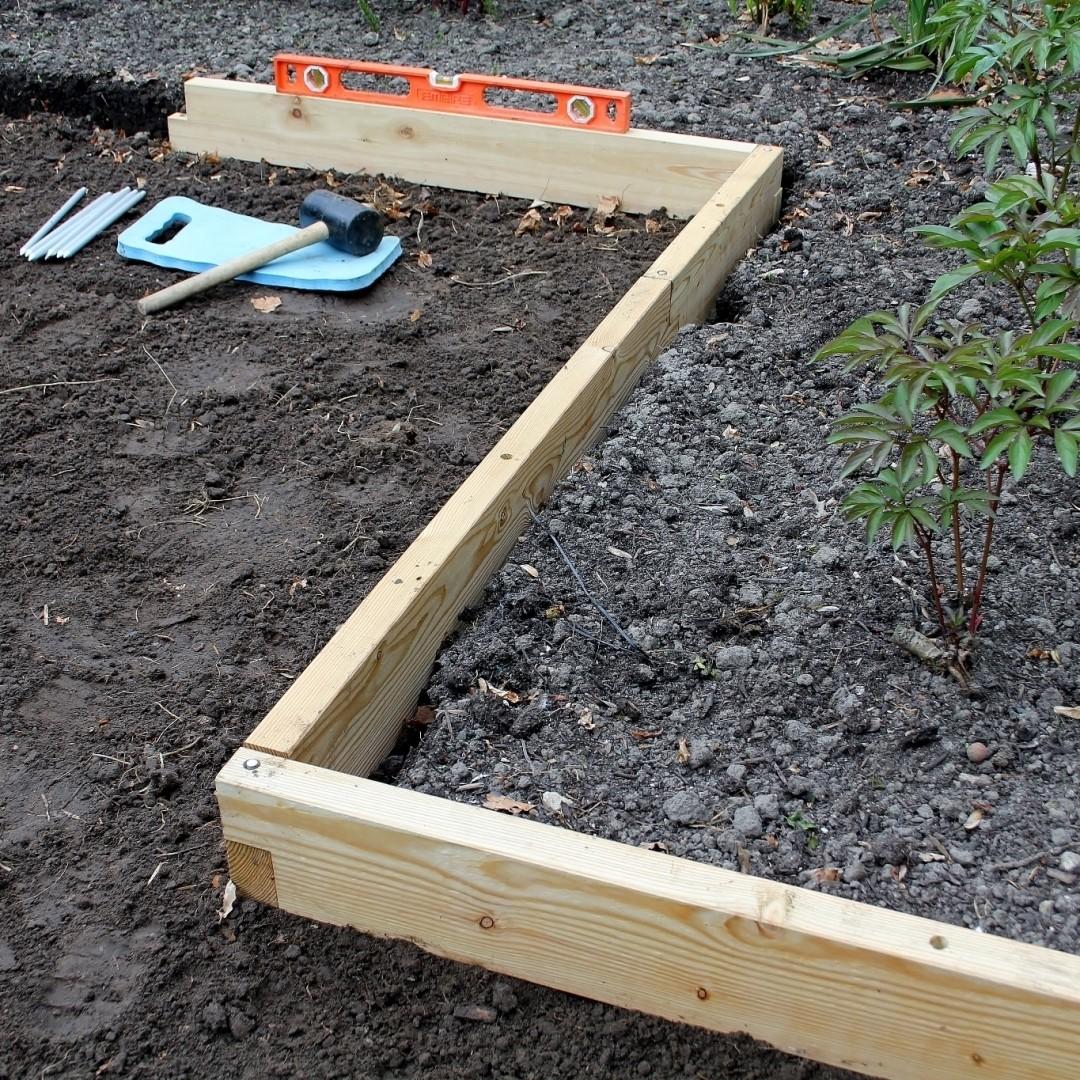 Uitbreidbare houten kantopsluiting Smart Border | L 416 cm