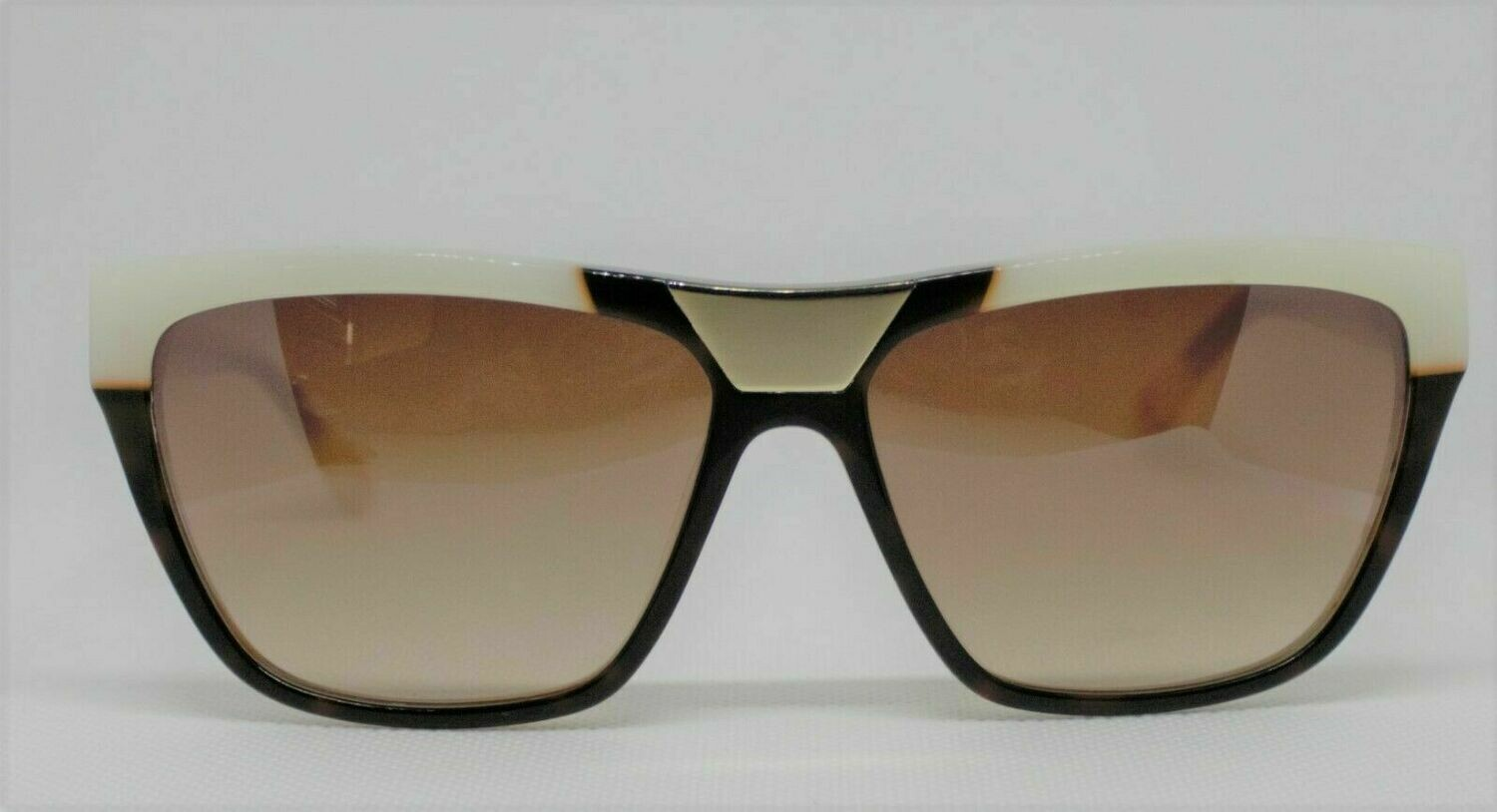 L.A.M.B. LA506 Gwen Stefani's Designer Sunglasses color:HAVANA Case included